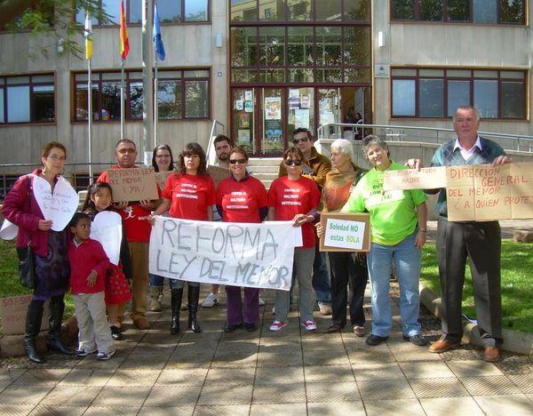 Concentración en Santa Cruz de Tenerife en solidaridad con Soledad Perera