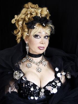 Manuela Trasobares Haro.
