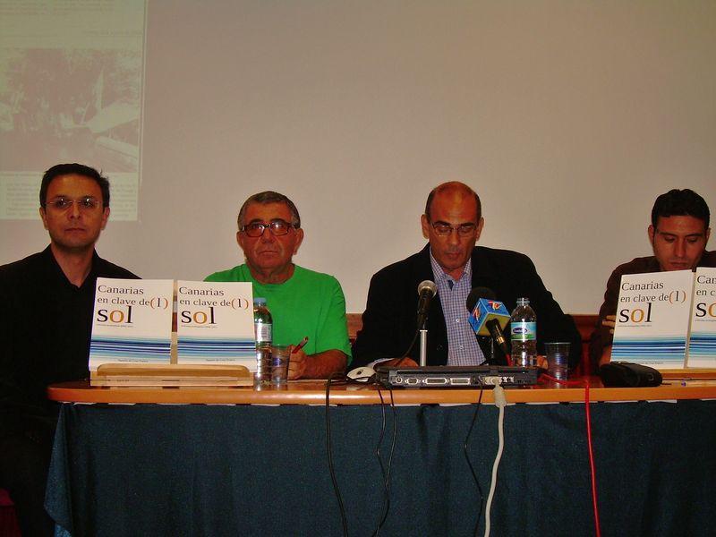 De izda. a dcha. Manuel Gonz+ílez, Agapito de Cruz Miguel +üngel Gonz+ílez y Juan Antonio Mart+¡n