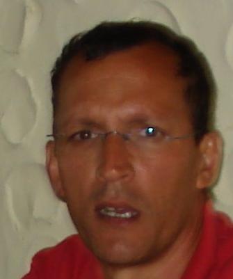 Roberto Rodríguez Guerra. Profesor de Filosofía Moral y Política de la Universidad de La Laguna.