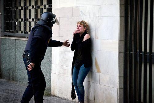 Represión policial contra menores en Valencia