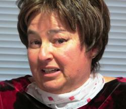 Cristina Calandre Hoenigfeld