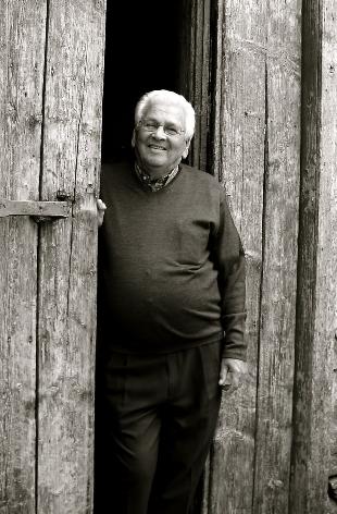 Domingo Valencia rememorando en el calabozo de la Casa Consistorial de Tamaraceite