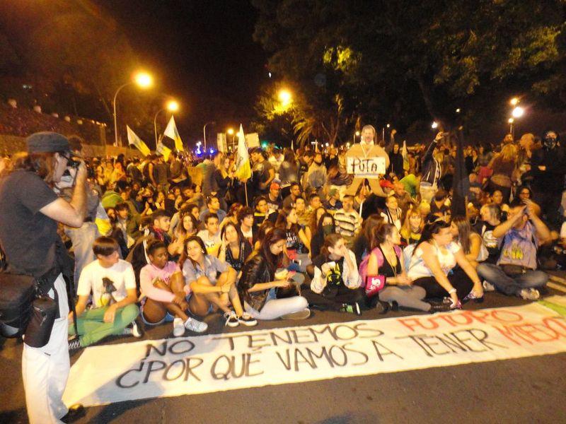 14N Manifestación Santa Cruz (155)