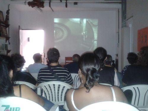 Tertulia y documental proyectado en el local social Ajey Rock