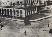 Carros de combate apostados en los alrededores del Palacio Presidencial, en La Habana