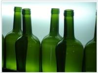 Escándalo en Italia por la venta de un vino tóxico para los pobres. Un negocio de la mafia con gravísimas consecuencias