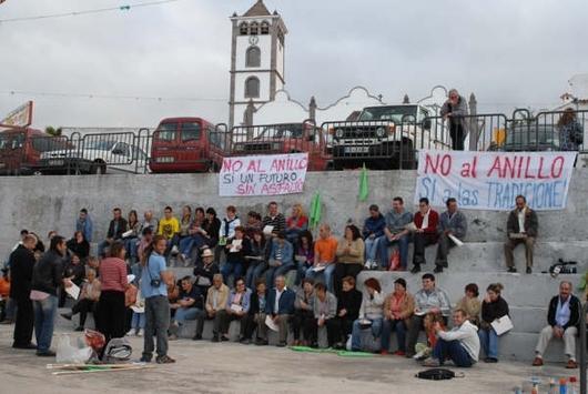 Asamblea vecinal en el barrio de Santa Bárbara
